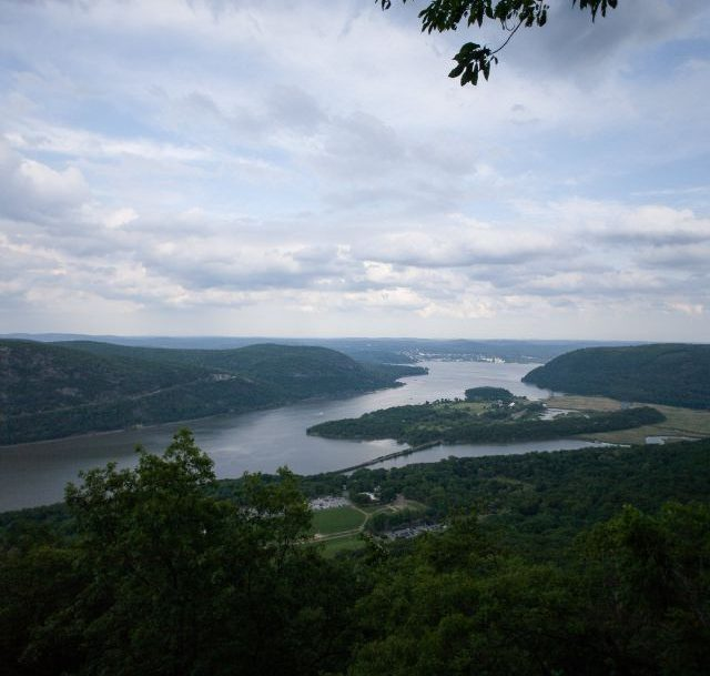 bear mountain is one of the best hiking trails near nyc