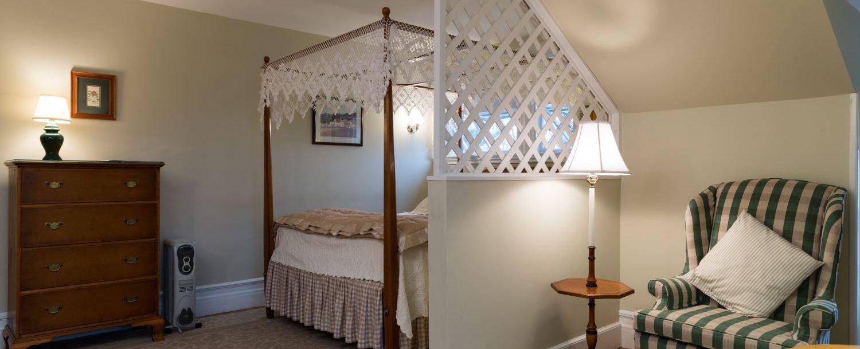lodging near Island Beach in Greenwich, CT