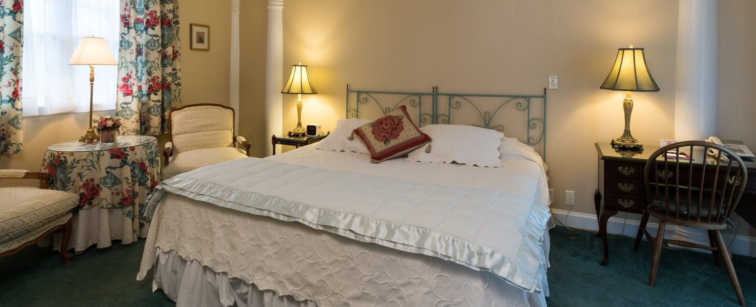 King size bed in Room 10 at Stanton House Inn, a Greenwich, CT, bed and breakfast