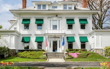 front of the stanton house inn, a greenwich, ct, bed and breakfast that acts as a visitors information bureau for tourists looking to visit greenwich ct