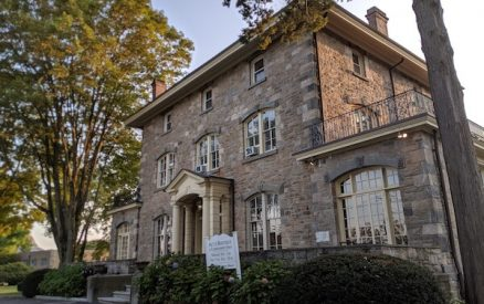 solomon mead house, site of the act ii boutique at second congregational church in greenwich ct